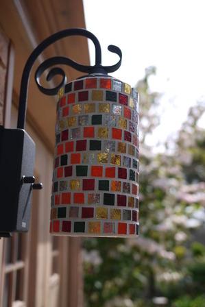 モザイクガラスのライト