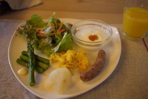 トムテルム 朝食