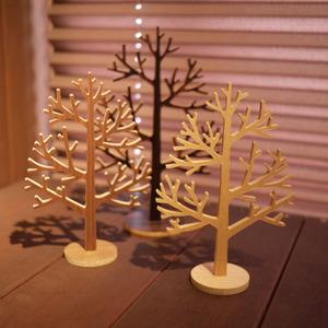 十勝千年の森で買った木の置物