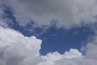 雲の切れ間を狙って!