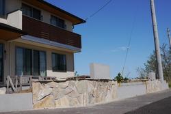 壁の石貼り (2)